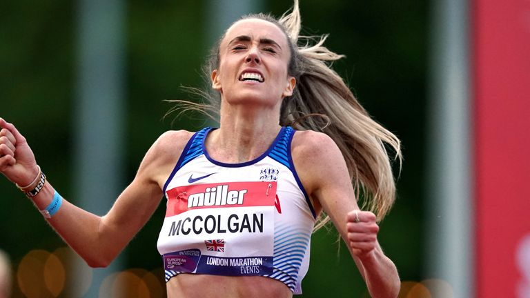 Eilish McCulgan gana la carrera femenina en Birmingham