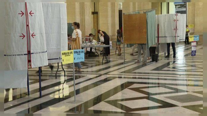 Elecciones en Francia: gran abstención esta tarde