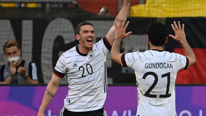Una semana después de enfrentarse a Francia en la Eurocopa, Alemania arruinó a Letonia