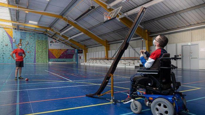 La boccia, discipline paralympique qui mélange pétanque, curling et échecs