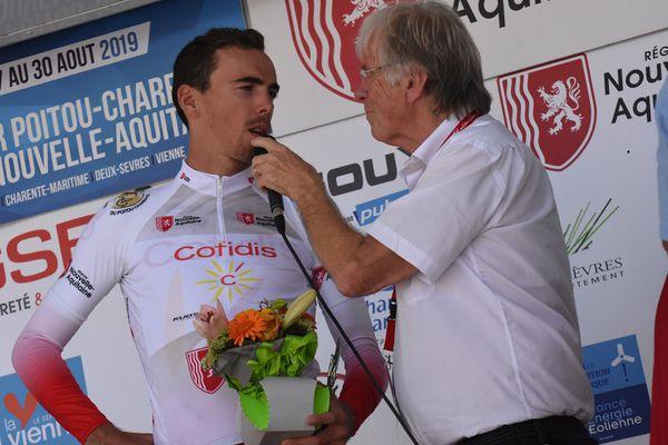 Durante el Tour Poitou-Charentes en Nouvelle-Aquitaine 2019, Daniel Mangeas hizo reaccionar a Christophe Laporte, que acababa de ganar la primera etapa.