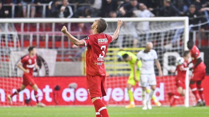 Amberes ganó en los penaltis al Omonia Nicosia y se unió al Genk en la fase de grupos